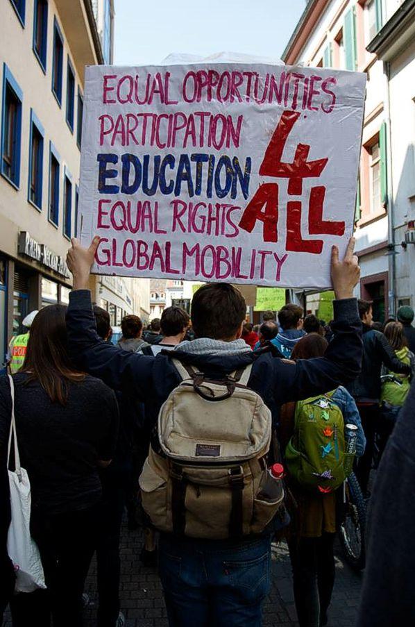 Pautsch Demo gegen Gebühren für Nicht-EU-Ausländer*innen Heidelberg